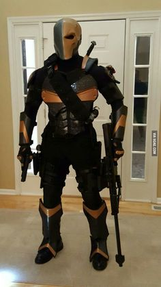 I made a full set of Deathstroke armor with actual kevlar - 9GAG