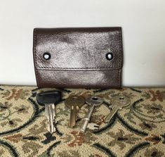 Your place to buy and sell all things handmade Pocket Key Holder, Key Holders, Leather Key Holder, Key Case, Vintage Bags, Vintage Leather, Purse Wallet, Purses And Bags