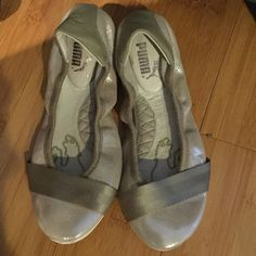 Women shoes size 7.5 I used minimum! Looks new! Check my other items Puma Shoes Flats & Loafers