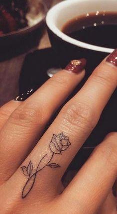 95 finger tattoos for inspiration - Tattoos - tattoos Finger Tattoo Designs, Finger Tattoo For Women, Meaningful Tattoos For Women, Rose Tattoo On Finger, Flower Finger Tattoos, Hand Tattoos For Women, Small Tattoos On Hand, Pretty Hand Tattoos, Hand And Finger Tattoos