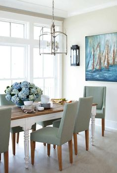 This beachfront Perdido Key Florida home by Cindy Meador Interiors is such a dream! The talented designer out of Gulf Shores Alabama worked with Dalrymple Sallis Architecture and Old South Constr