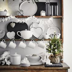 A White Christmas at The White Company - At Home with Abby Scandi Christmas, Christmas Interiors, Cottage Christmas, Childrens Christmas, Woodland Christmas, Christmas Room, Christmas Kitchen, All Things Christmas, White Christmas
