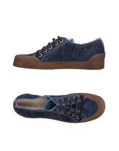 VIVIENNE WESTWOOD Sneakers. #viviennewestwood #shoes #스니커즈