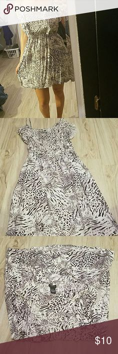 Summer dress or bathing suite cover up Black and white dress. Has ruffles on front. Rue 21 Dresses Midi
