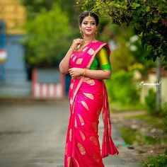 Tired of scrolling through a bunch of pages to find that perfect blouse designs? Check out the top most South Indian blouse designs to pair with a kanjeevaram saree- Eventila South Indian Blouse Designs, Blouse Neck Designs, South Indian Weddings, South Indian Bride, Beautiful Girl Indian, Beautiful Saree, Simple Sarees, Colorful Fashion, Bridal Photography