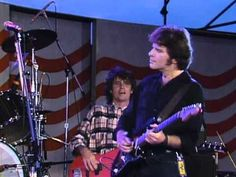 "▶ John Fogerty - ""Vanz Kant Danz"" (Live at Farm Aid 1985) - [From LP 'Centerfield' 1985]"
