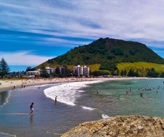 Mount Maunganui and beach, North Island, New Zealand The Beautiful Country, Beautiful Places, Tauranga New Zealand, New Zealand Cruises, New Zealand Beach, Mount Maunganui, Kiwiana, Beach Landscape, Auckland
