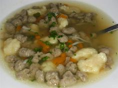 Masové knedlíčky do polévky Czech Recipes, Food 52, Soup Recipes, Oatmeal, Food And Drink, Meat, Cooking, Breakfast, Soups
