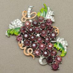 Grapes Pin Staret Vintage Brooch Foil Back Purple Rhinestones Enamel Iconic Huge | eBay