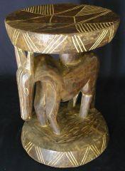 arts premiers : les tabourets africains en archive