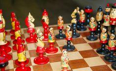 Vintage original chess set from Soviet Union-Krygyzstan-1960's. Schachspiel aus der UdSSR. Made in USSR. von SovietGallery auf Etsy