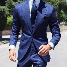 Sharp Dressed Man, Well Dressed Men, Mens Fashion Suits, Mens Suits, Terno Slim, Blue Suit Men, Blue Suits, Suit Combinations, Moda Formal
