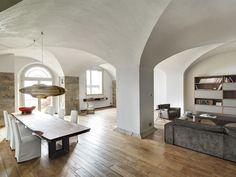 Edoardo Milesi / Archos, Ezio Manciucca · Residenza a Bergamo Alta · Divisare