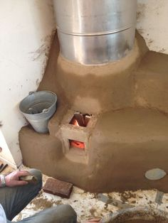 Stove Paint, Shop Heater, Diy Wood Stove, Rocket Mass Heater, Recycled House, Earthship Home, Cooking Stove, Stove Fireplace, Rocket Stoves