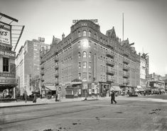 """New York circa 1908. """"Hotel Marlborough."""" On Herald Square at Broadway and West 36th."""