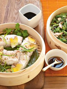 Healthy Recipes from The Nest - Bamboo-steamed sea bass with ginger, mushrooms and asparagus Steam Recipes, Fish Recipes, Seafood Recipes, Asian Recipes, Chinese Recipes, Chicken Recipes, Recipies, Bamboo Steamer Recipes, Healthy Eating Recipes