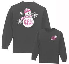 Under The Carolina Moon: Preppy Bow Monogram Shirt Long Sleeve from Under the Carolina Moon. Saved to monogram. Cricut Monogram, Monogram T Shirts, Vinyl Shirts, Cricut Vinyl, Christmas Vinyl, Christmas Shirts, Vinyl Designs, Shirt Designs, Shilouette Cameo