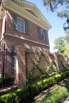 Natural Brick Grey Shutter Google Search Ingrid Eulin Paint For Pink Exterior