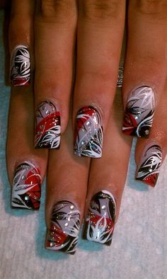 love - Nail Art Gallery