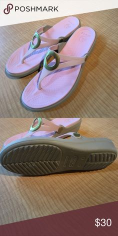 Women shoes Only been worn once. Adorable light pink with gold circle. Perfect for summer CROCS Shoes