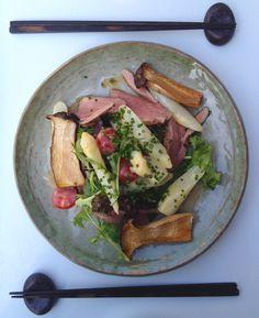 Restaurant KURA  56 rue de Boulainvilliers  75016 PARIS.... Now that's what I call a salad!