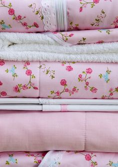 Mix and match met roze beddengoed