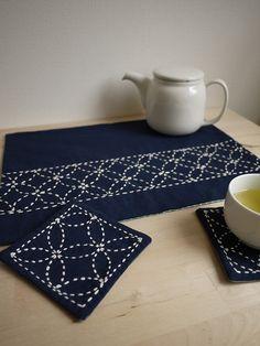 nigiyaka tea-for-two set by Saké Puppets, via Flickr