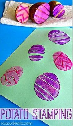 Easter cards stamping with potatoes