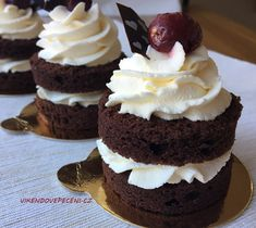 Amazing Food Decoration, Super Cook, Salty Cake, Brownie Cake, Savoury Cake, Sweets Recipes, Sweet Desserts, Mini Cakes, Clean Eating Snacks