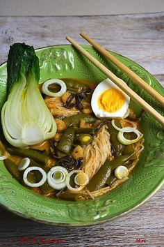 R'n'G Kitchen: Orientalna zupa z groszkiem cukrowym