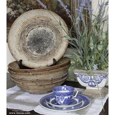 Blue and White Decor with Antiques | www.inessa.com