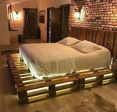 Awesome Unordinary Recycled Pallet Bed Frame Ideas To Make It Yourself. furniture ideas Unordinary Recycled Pallet Bed Frame Ideas To Make It Yourself Wooden Pallet Beds, Diy Pallet Bed, Wood Pallet Furniture, Home Furniture, Furniture Design, Furniture Ideas, Wood Pallets, Bedroom Furniture, Palette Furniture
