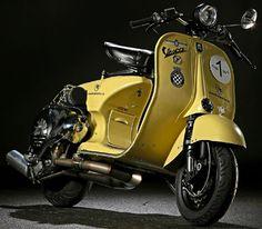 Piaggio Vespa, Scooters Vespa, Vespa Bike, Motos Vespa, Moto Scooter, Lambretta Scooter, Scooter Parts, Vintage Vespa, Vintage Italy