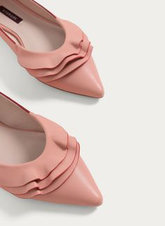 Pink leather ballerinas - View all - Footwear - Uterqüe United Kingdom
