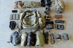 What Does a Military Combat Tracker's EDC Consist Of? John Hurth of TÝR Group Walks us Through His Loadout : ITS Tactical