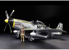 Tamiya P.51D Mustang 1:32 Scale Plastic Model Aircraft Kit
