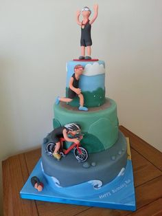 If only this came in a dairy queen chocolate ice cream cake version! Bicycle Cake, Bike Cakes, Fondant Cakes, Cupcake Cakes, Running Cake, 50th Birthday Cakes For Men, 30th Birthday, Birthday Cards, Ironman Cake