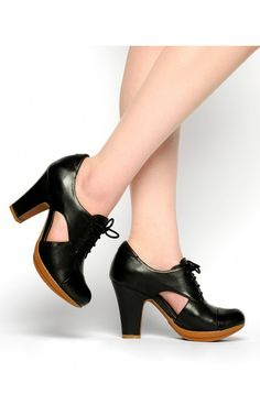 Pinup Girl Clothing- Straight Laced Shoe in Black | Pinup Girl Clothing