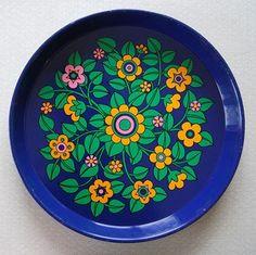 blue tray by pat albeck - blå bakke