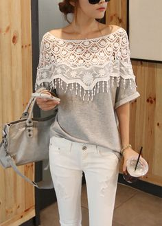 Enchanting Tassels Decorated Half Sleeve Color Block T Shirt