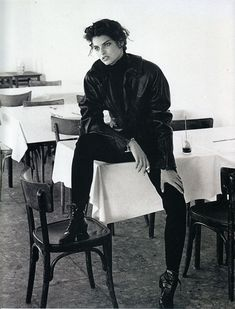 lalinda-evangelista: Vogue Italia - 1988Ph LindberghModel: Linda Evangelista