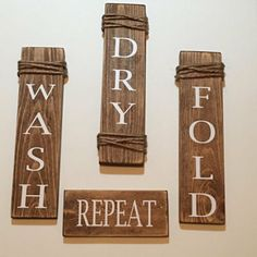 Country Laundry Rooms, Laundry Room Signs, Laundry Decor, Small Laundry Rooms, Laundry Room Storage, Laundry Area, Laundry Closet, Landry Room, Laundry Room Inspiration