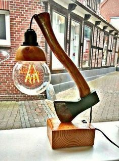 48 ideas for diy lamp light man cave Table Lamp Wood, Wooden Lamp, Table En Bois Diy, Diy Home Decor, Room Decor, Creation Deco, Steampunk Lamp, Lamp Light, Woodworking Projects