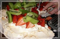 Keswick Island Guest House: Treat your sweet tooth with a traditional Australian pavlova you're sure to enjoy.