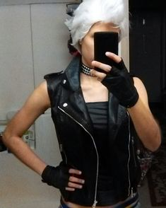 Quick Storm costest still finishing up a few things but I'm finally in the last stretch with this cosplay! #eccc2018 #xmen #xmencosplay #storm #xmenstorm #stormcosplay #cosplay #uncannyxmen #marvel #marvelcosplay