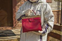 """Купить """"Лия"""". Саквояж женский кожаный ручного изготовления - фуксия, однотонный, авторская ручная работа"""