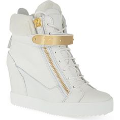 GIUSEPPE ZANOTTI Zingarelli wedge high-top trainers ($985) ❤ liked on Polyvore featuring shoes, sneakers, heels, scarpe, white, white shoes, hi top wedge sneakers, heel sneakers, lace up wedge sneakers and white hi top sneakers