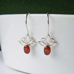 Sterling Silver and Carnelian Trillium One-Piece Drop Earrings, Red Semi-precious Gemstone Lightweight 925 Silver Flower Earrings