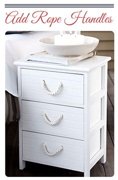 If you live somewhere in cold place and you miss the feeling of warm sea breeze or you are a beach enthusiast than this DIY nautical home decor article...