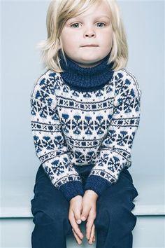 """Tema 38: Modell 1 """"Flipper"""" genser #norsk #klassiker #strikk #knit"""